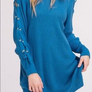 NWT Boutique Listicle Blue Lace Up Sleeve Sweater